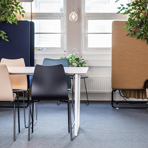 Låt dig inspireras av vårt nyrenoverade kontor